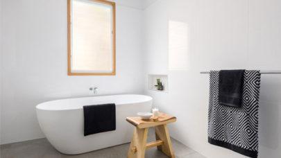 Simple Budget-Friendly Bathroom