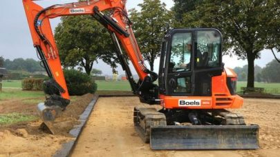 Hiring Mini Digger for Construction