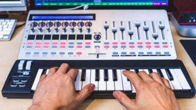 MIDI-Controller-Purchasing