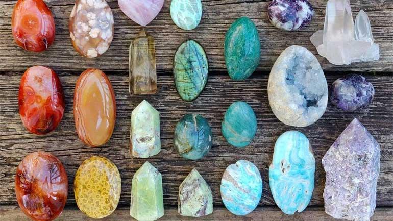 Benefits-Healing-Crystals