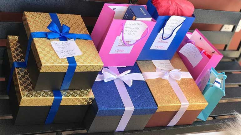 Material-Used-Gift-Wrapping