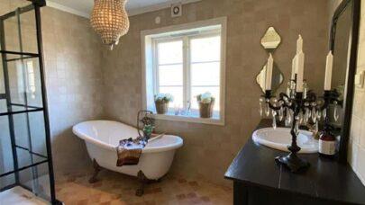 Renovate-Old-Bathroom-On-Budget