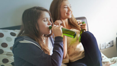 Alcohol-Abuse-Causes-Signs
