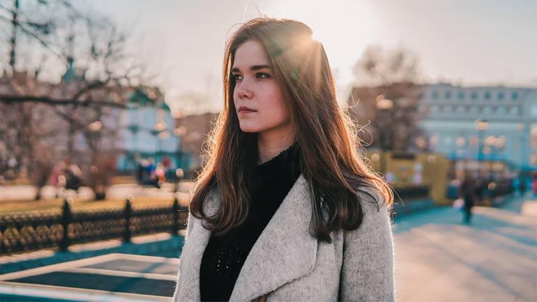 Russian Woman Trustworthy